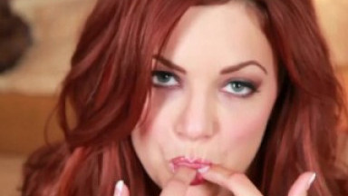 Pornstar Jayden Cole fills her butt with a diamond buttplug